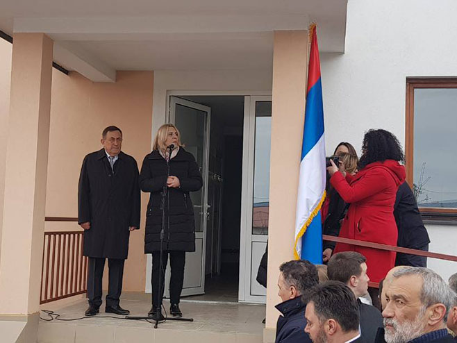 Predsjednica Cvijanović u Sokocu - dodjela ključeva (Foto: RTRS)