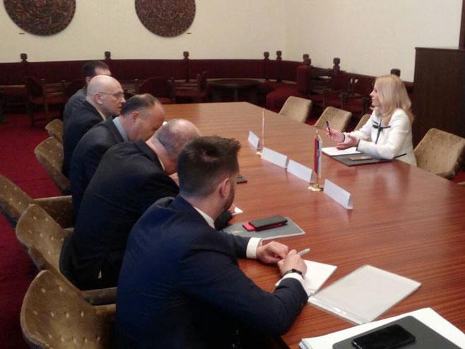 Sastanak ministarke Natalije Trivić (Foto: RTRS)