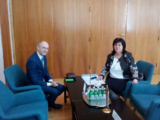 Sastanak ministarke Srebrenke Golić (Foto: RTRS)