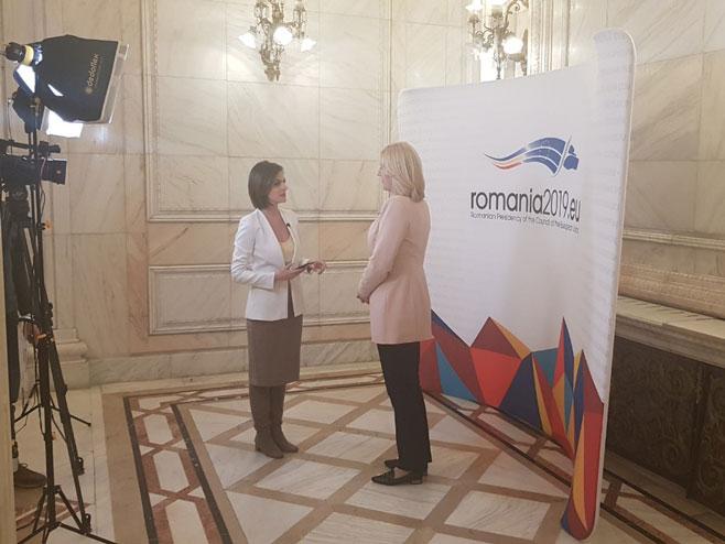 Željka Cvijanović u Rumuniji - intervju za nacionalnu TV (Foto: RTRS)
