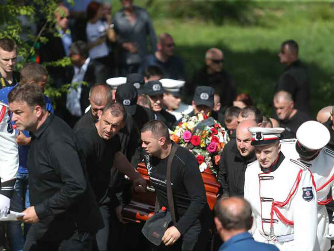Сахрана Славише Крунића (Фото:Goran Šurlan/RAS Srbija)
