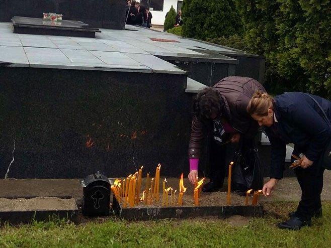 Обиљежавање 27 година од масакра у Тузланској колони (Фото: СРНА)