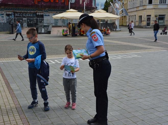 """Спроведене активности у оквиру кампање """"Растимо сигурно"""" (Фото: РТРС)"""