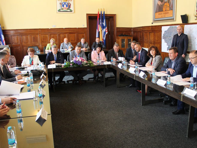 Састанак у Бијељини о ауто-путу Београд - Сарајево (Фото: РТРС)