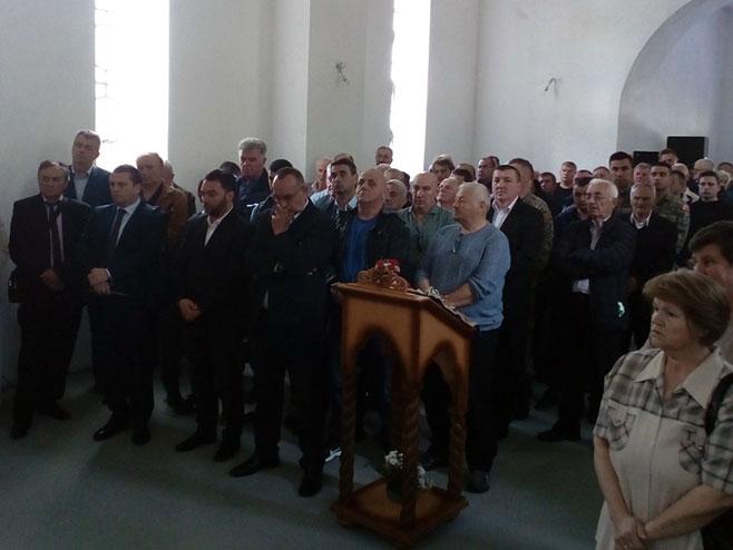 Брадина - литургија (Фото: СРНА)