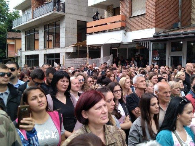 Protesti na KiM (Foto: RTRS)