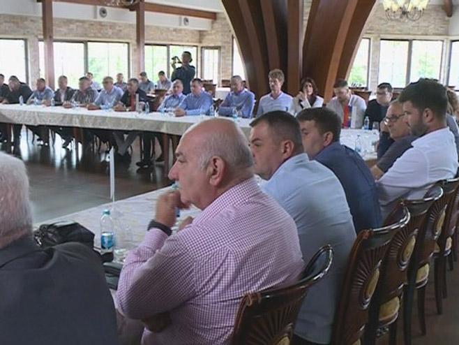 Састанак у Бијељини (Фото: РТРС)