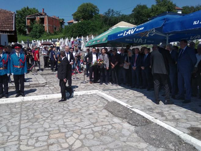 Парастос за убијене Србе из средњег Подриња, Братунац (Фото: РТРС)