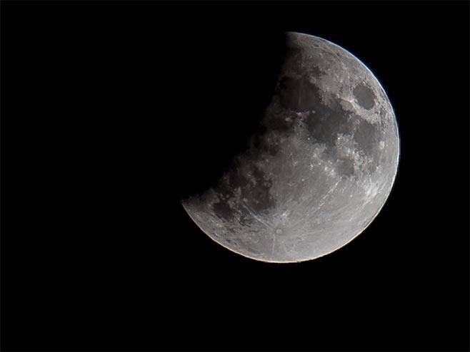 Pomračenje mjeseca (foto:Mondo/Vedran Ševčuk)