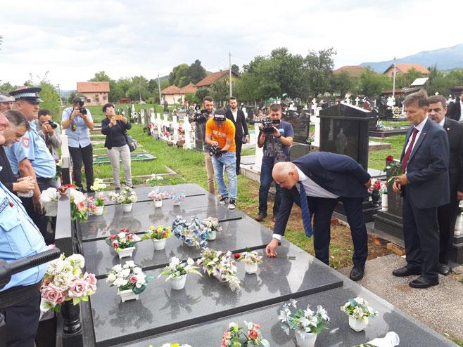 Dan sjećanja na žrtve NATO bombardovanja - Foto: SRNA