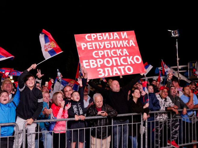 Veličanstven doček za odbojkašice u Beogradu (Foto: Tanjug)