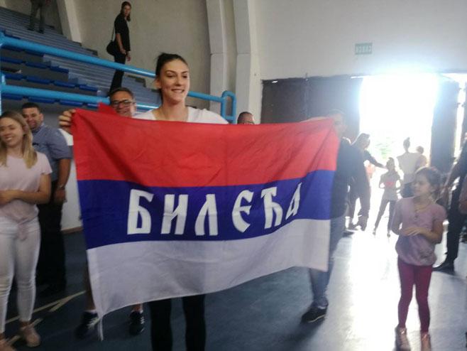 Тијана Бошковић у Билећи (Фото: РТРС)