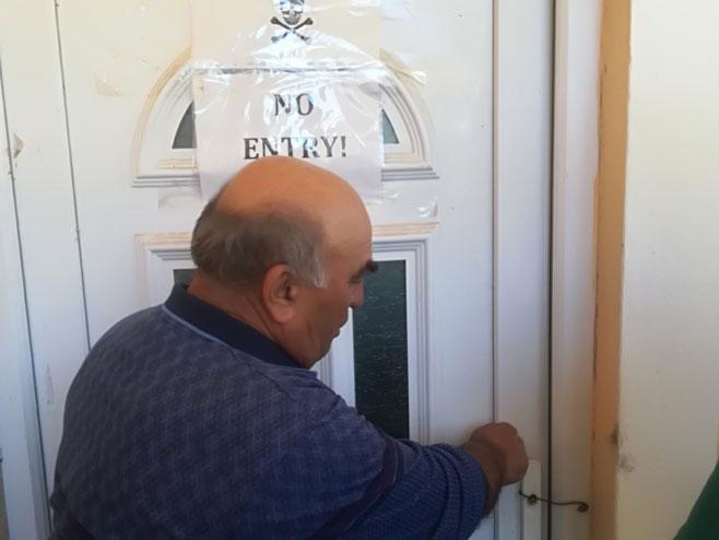 Мјештани ставили поруку мигрантима да не улазе неовлаштено у куће