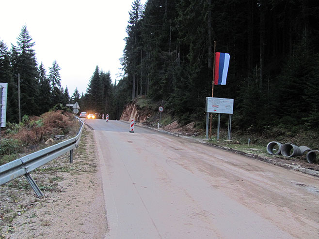 Pale: Dionica regionalnog puta Treangla - Јasik (Foto: SRNA)