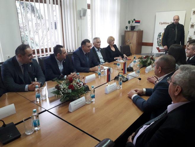 Sastanak Dodika i Vulina u Drvaru  (Foto: RTRS)