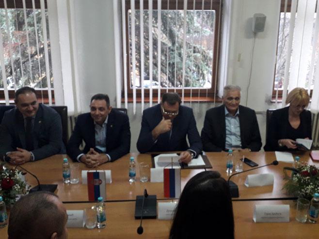 Састанак Додика и Вулина са Рунићевом (Фото: РТРС)
