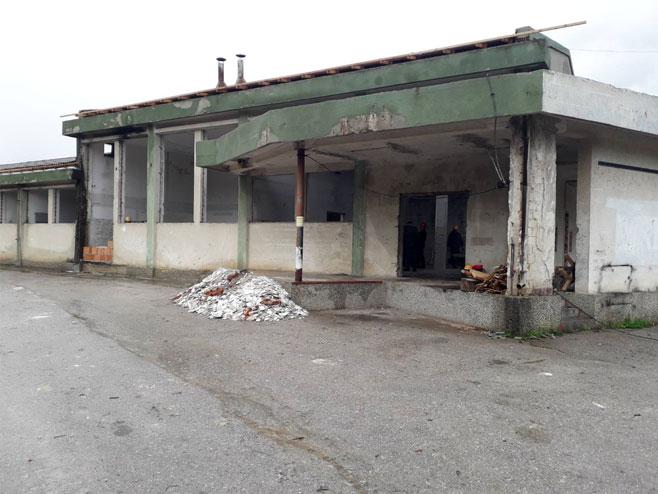 Rekonstrukcija hale u kojoj će biti smješten pogon Јumka (Foto: RTRS)