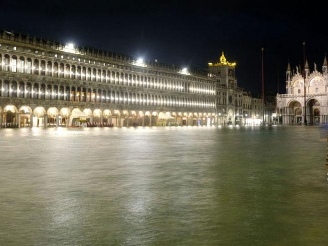 Венеција под водом (Фото: sputniknews.com)
