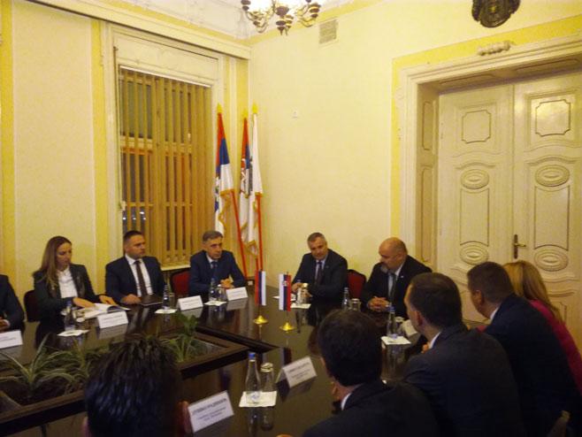 Радован Вишковић у посјети Зрењанину (Фото: РТРС)