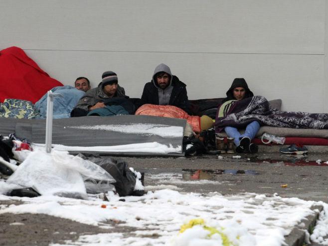 Мигранти (Фото: Дневни аваз)