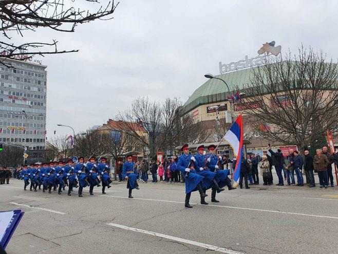 Проба за Свечани дефиле поводом Дана Републике (Фото: РТРС)