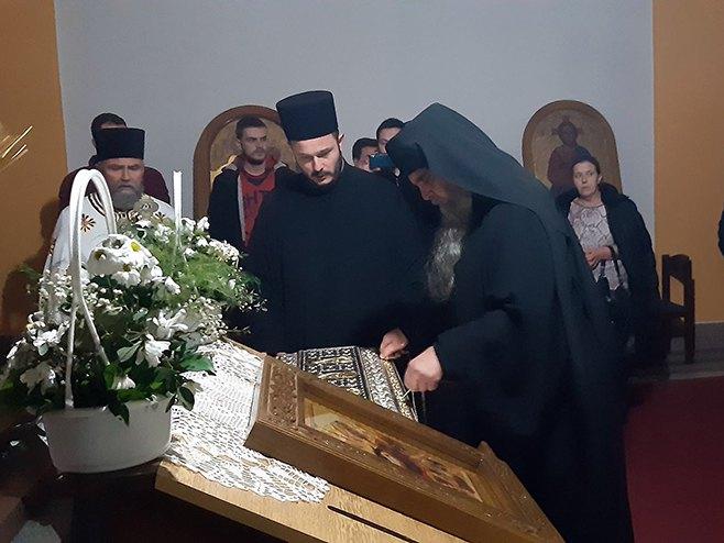 Мркоњић Град: Дочек моштију