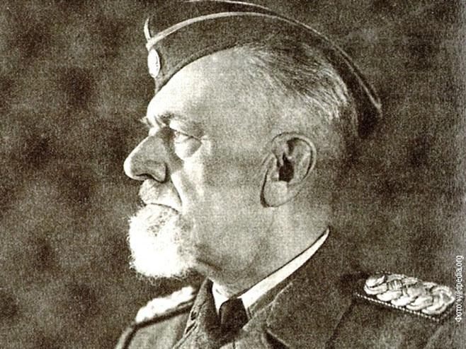 Leon Rupnik -