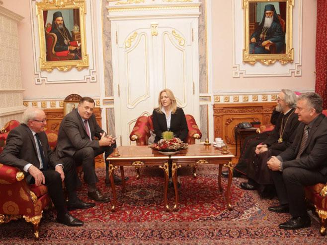 Додик и Цвијановић код Јефрема (Фото: РТРС)
