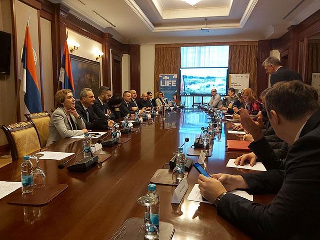 Састанак о електронским грађевинским дозоволама (Фото: РТРС)