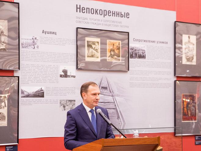 """Otvaranje izložbe """"Nepobjedivi"""" (foto: pobedarf.ru) -"""