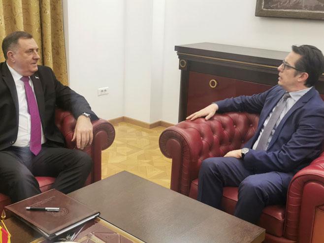 Dodik i Pendarovski u Skoplju (Foto: RTRS)