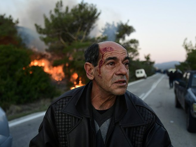 Грчка: Сукоби с полицијом (Фото: AP/Michael Varaklas)