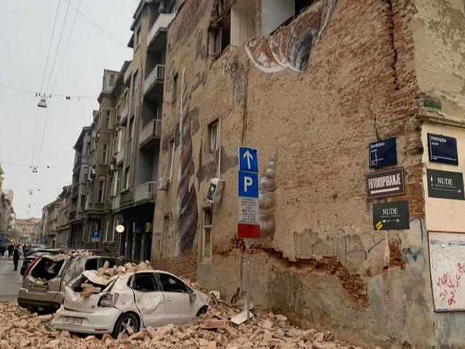 Slike jučerašnjeg zemljotresa (Foto: jutarnji,hr)
