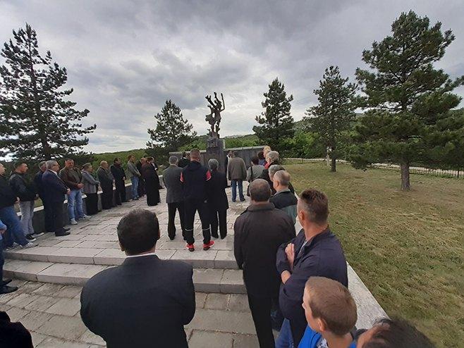 Obilježeno 79 godina od stradanja Srba u Korićkoj jami - Foto: SRNA