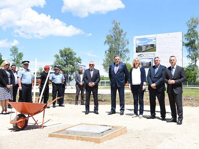 Zaluzani Polozen Kamen Temeljac Za Internat Policijske Akademije