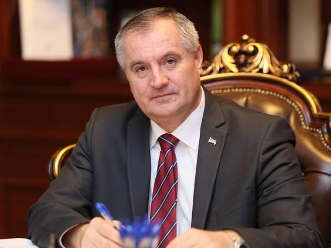 Radovan Višković (foto: twitter.com / Vlada_Srpske) -