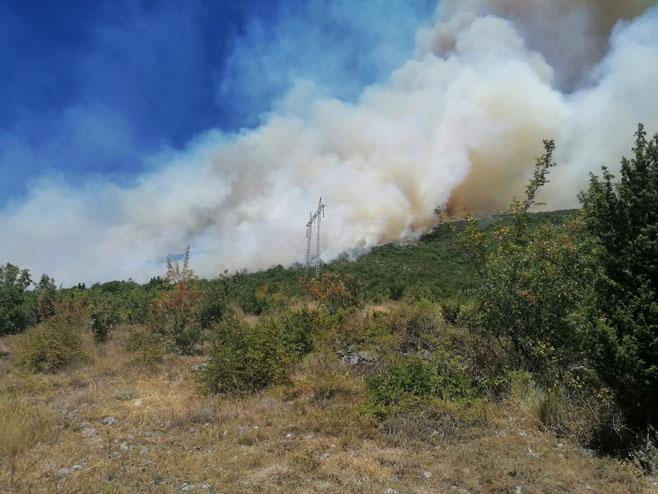 Требиње: Пожар у Бањевцима (Фото: РТРС)
