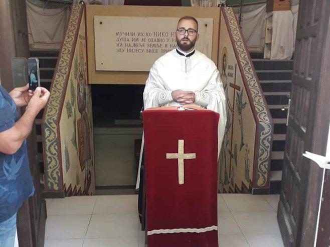 Livno - liturgija - Foto: SRNA