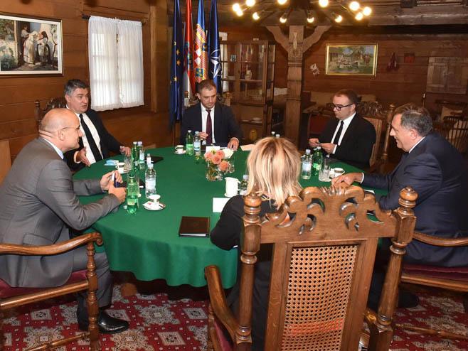 Sastanak Dodika i Milanovića (foto: Urednik predsjednika)
