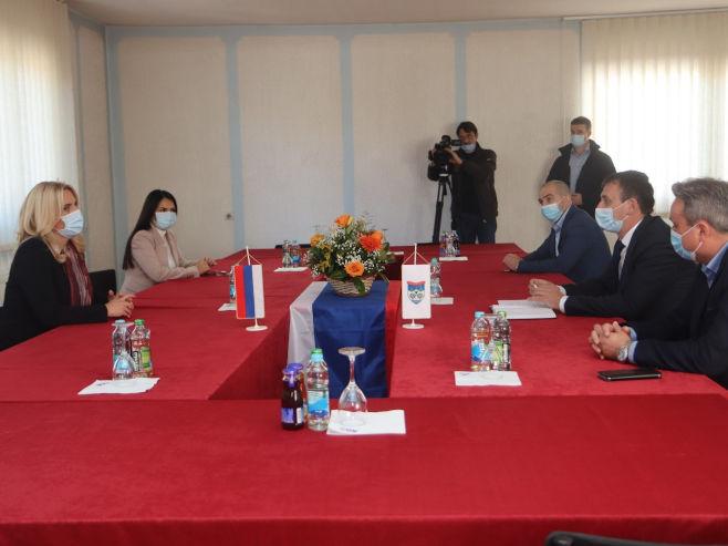 Sastanak sa rukovodstom opštine Kneževo (foto: RTRS)