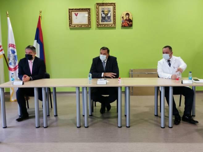 Шеранић, Додик и Максимовић (Фото: РТРС)