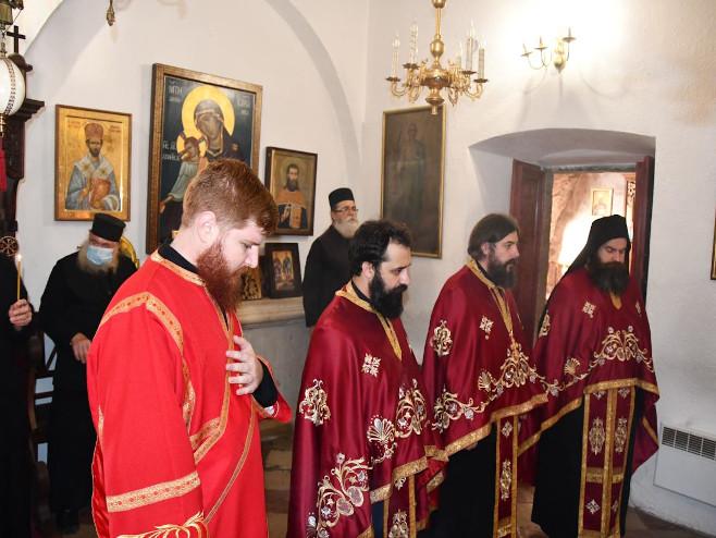 U Cetinjskom manastiru odslužen pomen blaženopočivšem Patrijarhu (foto: mitropolija.com)