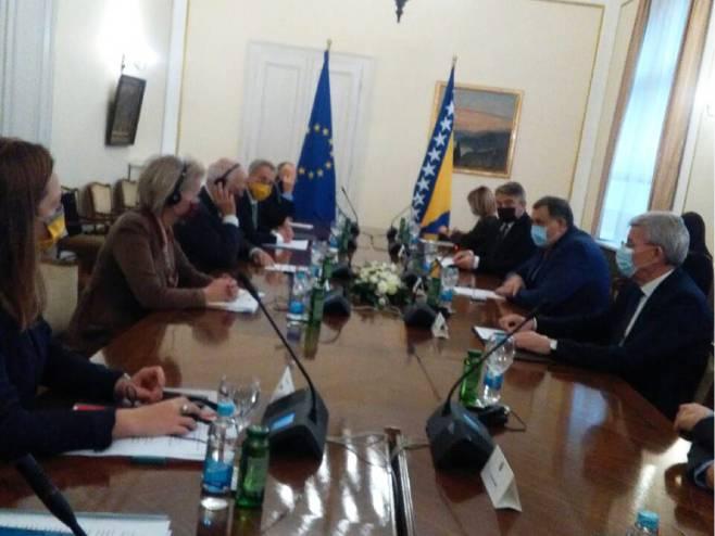 Dodik, Komšić i Džaferović sa Žozepom Boreljom