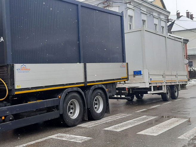 Stambeni kontejneri - Kostajnica (foto: RTRS)