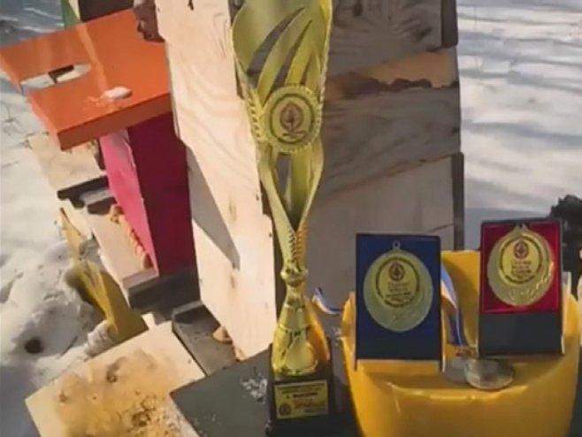 Brojne nagrade za izuzetan med