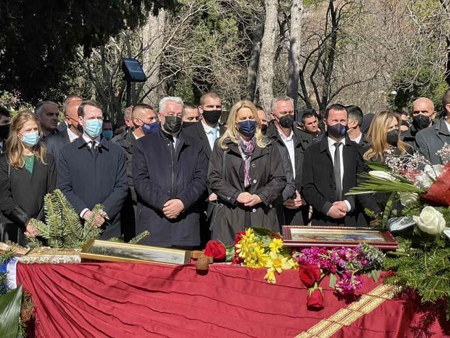 Predsjednica Cvijanović na sahrani vladike Atanasija (Foto: RTRS)