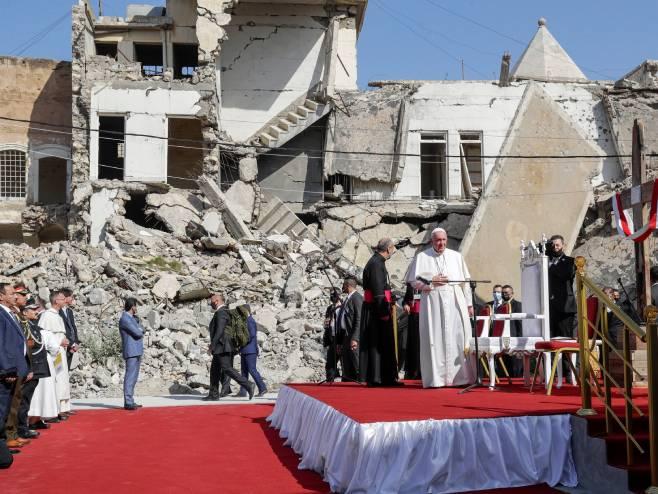 Папа Фрањо у Мосулу (Фото: Andrew Medichini/Associated Press)