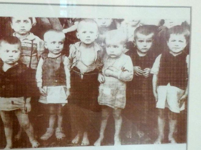 Заробљена дјеца у Јасеновцу