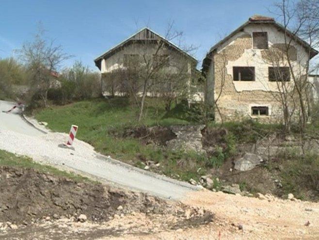 Uzurpiranje srpske imovine - Foto: RTRS