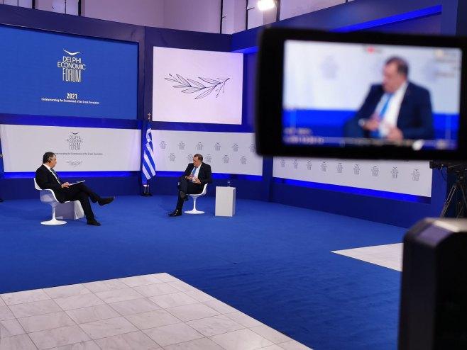 Додик на Форуму у Грчкој